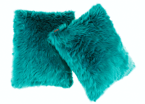 Decorative faux fur set, bedspread LAGUNA KALA and two pillows SHAGGY