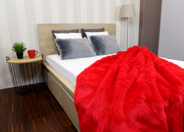Decorative fur bedspread, blanket FIRE JAZZ red 155x200 cm